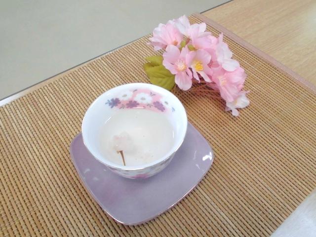 桜茶2.JPG